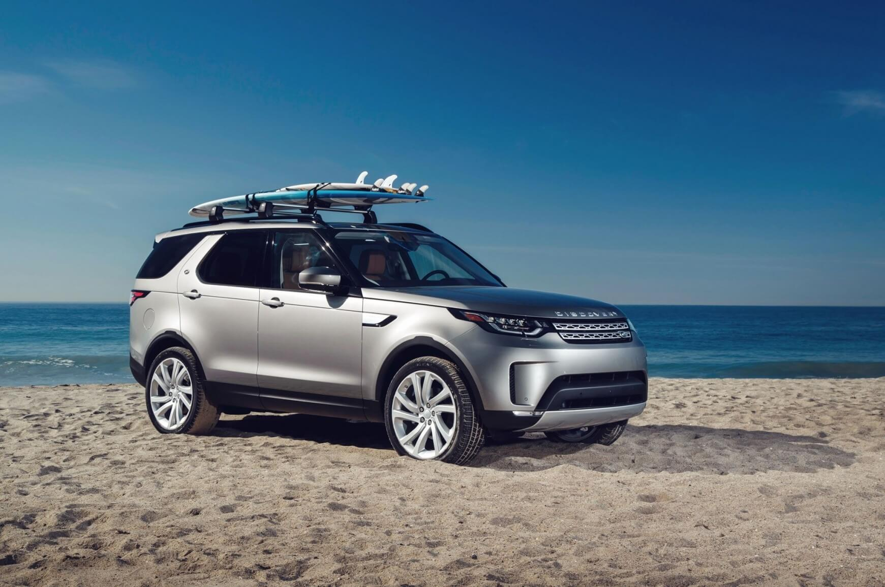 new land rover discovery sport 2019 model spotted on the road. Black Bedroom Furniture Sets. Home Design Ideas