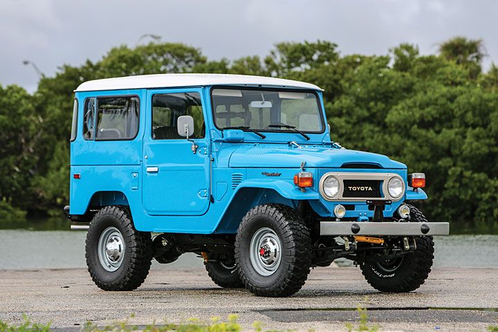 toyota land cruiser fj40 vs fj60 which one is more desirable rh tnhonline com toyota land cruiser fj40 tub toyota land cruiser fj40 1977 wiring